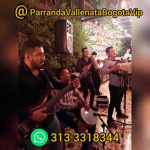 Imagen de una Parranda Vallenata tocando en un cumpleaños en Bogotá